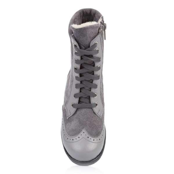 Высокие ботинки на шнуровке и молнии