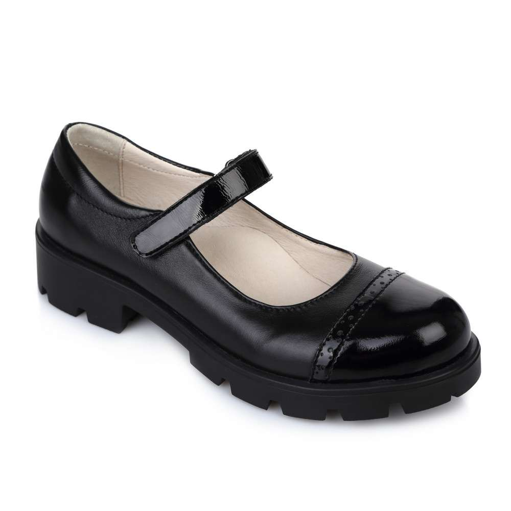 Туфли кожаные с лакированным носком