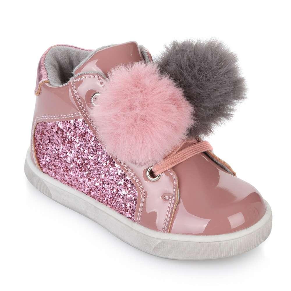 Ботинки с помпонами