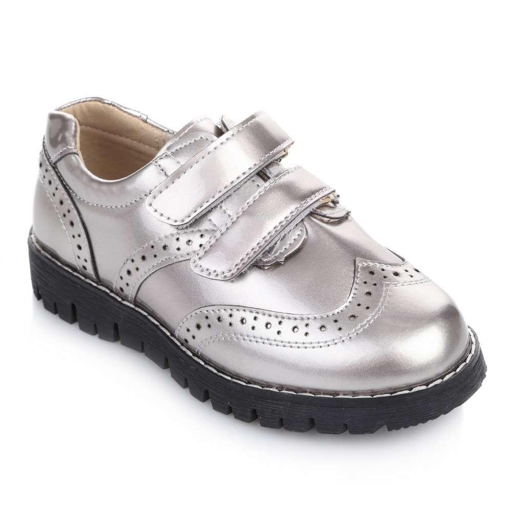 Закрытые туфли на липучках