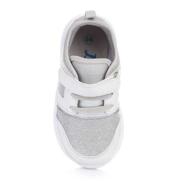 Кроссовки на толстой подошве