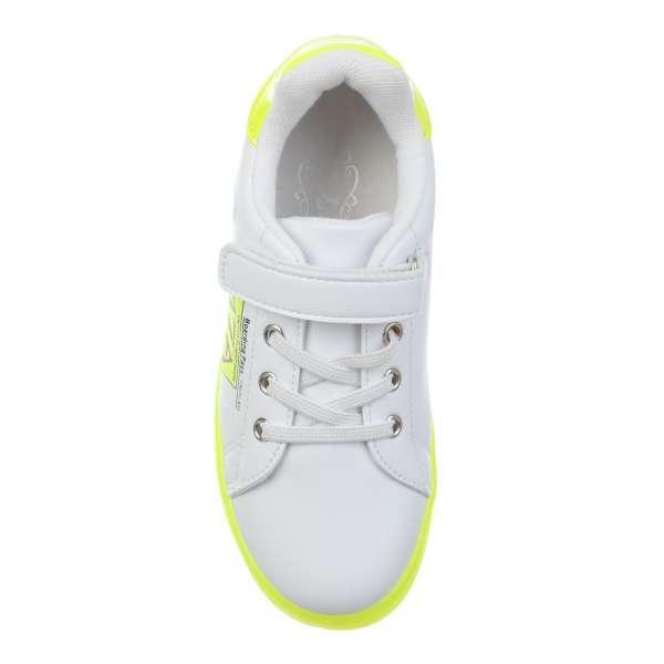 Кросівки на лаймовій підошві