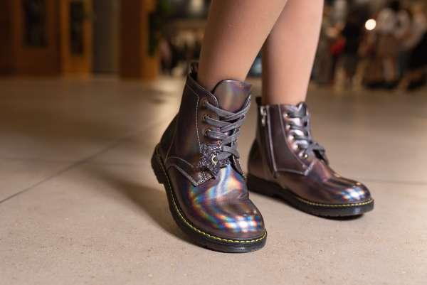 Бронзовые ботинки